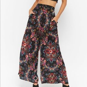 Forever 21 wide leg floral print pants